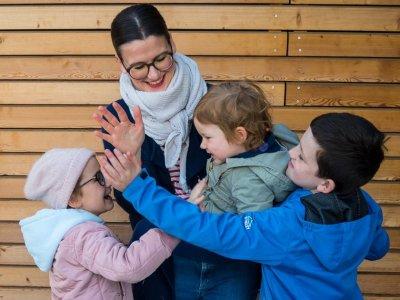 Den Alltag als Mehrfach-Mama meistern. Mein Weg plus unser NEUER, sehr notwendiger Familien-Haushaltsplan!