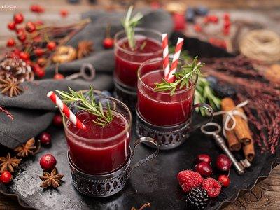 Fruchtiger Beeren Winter Zimt Punsch