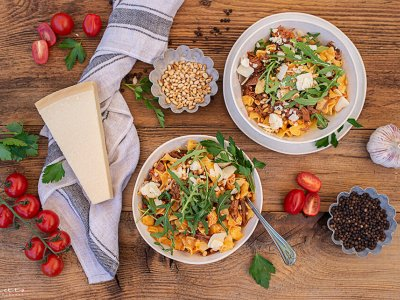 Rezept Pulled Beef Nudel Bowl mit Rucola