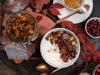 Knuspriges Kürbis Granola mit Handmade-Etikett zum Ausdrucken