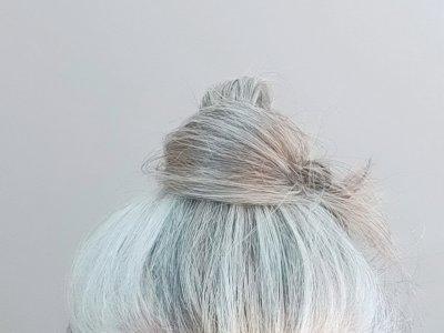 Wahr oder nicht? 10 Mythen rund um graue Haare