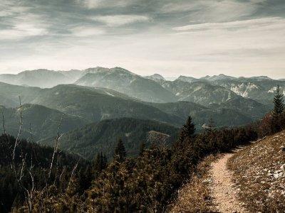 5 spektakuläre Höhenwanderwege in der Steiermark