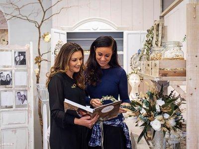 Hochzeit: Alles rund um unsere Blumendeko