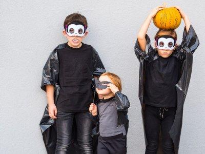 Süßes oder Saures – 2 Last Minute Halloween Rezepte plus das Blitz-Vampir-Kostüm aus dem Müllsack