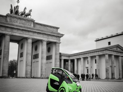 Toyota i-Road – dreirädriges Elektroauto unterwegs in Berlin