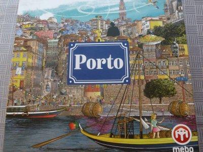 Brettspiel-Rezension: Porto von Orlando Sá – Ein Legespiel zum Thema Häuserbau