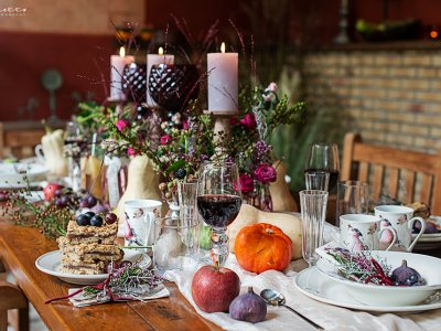 Herbstkränze – Farbenpracht am Tisch