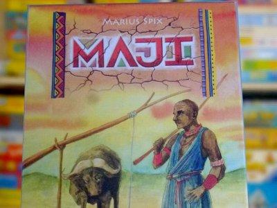 """Rezension zu """"Maji"""" von Spieltrieb: Flotter Zwei-Spieler-Geheimtipp"""