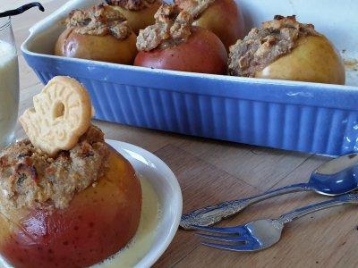 Weihnachtliches Rezept für gefüllte Bratäpfel