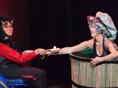 Theater Delphin: Inklusives Theater exklusive Mitleid