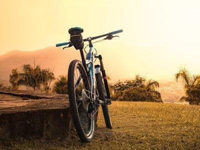 yoga und fahrrad fahren auf mallorca