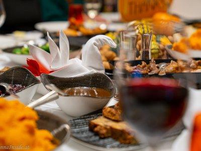 Thanksgiving-Dinner im Vienna Marriott Hotel und Turkey To Go